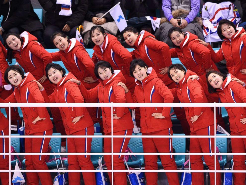 L'équipe de cheerleaders envoyée par la Corée du Nord pour soutenir son équipe lors des JO d'hiver dernier.